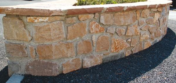 Pierre à bâtir calcaire du Causse