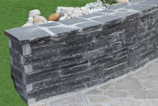 Mur barrettes en ardoise