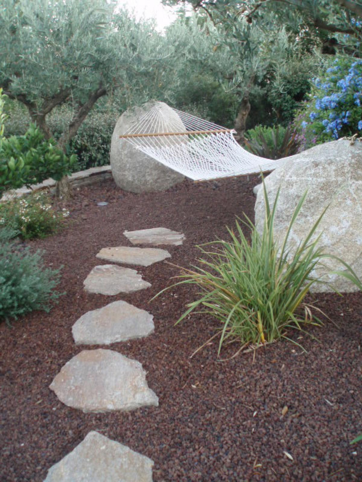 pas japonais traverse all e de jardin pierre naturelle dalle terrasse. Black Bedroom Furniture Sets. Home Design Ideas