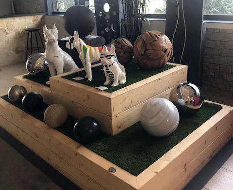 Décoration divers, sphères et animaux